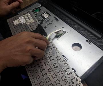 Thay bàn phím máy tính laptop giá rẻ, uy tín, chất lượng, chính hãng lấy liền